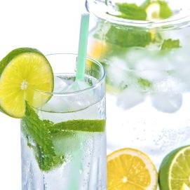 WaterGlasswithMintLemon